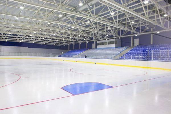 Ближайшие домашние матчи ХК «Брянск» проведет без зрителей