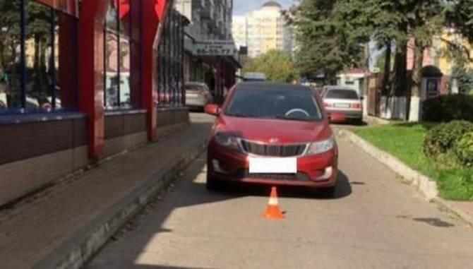 В Брянске возле «Калиты» автоледи покалечила 68-летнюю пенсионерку