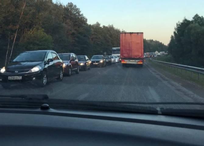 Объездную дорогу вокруг Брянска сковала огромная пробка