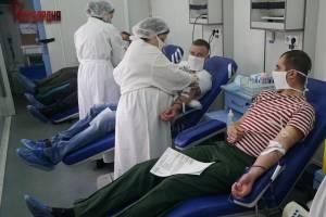 Брянские росгвардейцы ко Дню донора сдали свыше 20 литров крови