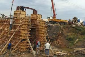В Климовском районе на реке Ирпа начали ремонтировать дамбу