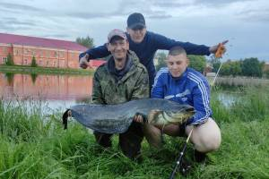 В Новозыбкове рыбак похвастался крупным уловом