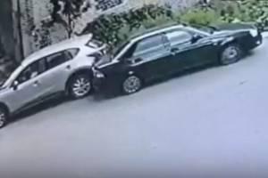 В Брянске автоледи на Mazda разбила «Ладу» и скрылась с места ДТП