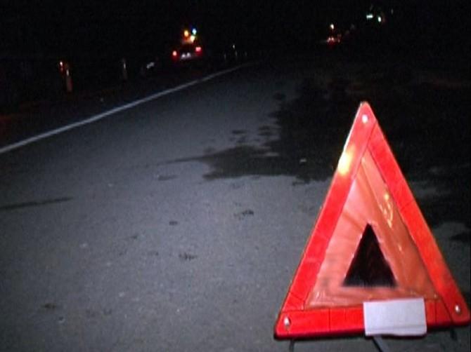 Под Клинцами автомобиль насмерть сбил 18-летнего парня