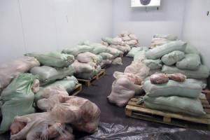 Брянские таможенники задержали 6 тонн контрабандного мяса