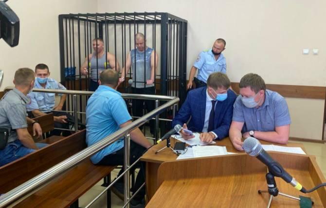 В Жуковке судят обвиняемых в фабрикации уголовного дела участковых