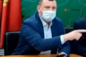 Брянский чиновник Бардуков назвал иноагентом депутата Павлова