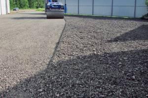 При ремонте брянского участка трассы «Украина» пропали 4 машины гранулята