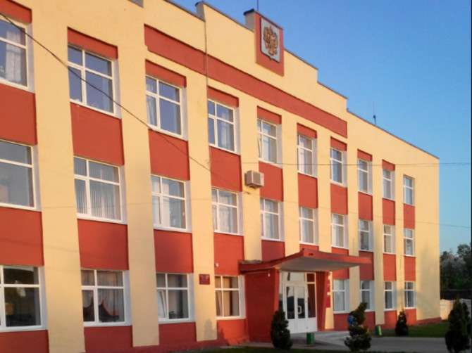 В Мглинском районе исполняющим обязанности главы стал Андрей Полоник