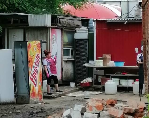 Брянцев шокировала изнанка «Shaurma Club» возле автовокзала