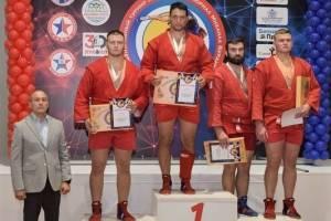 Брянский самбист Артем Осипенко победил на Мемориале Бурдикова
