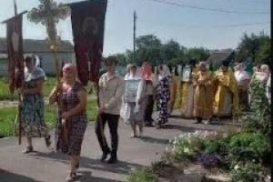 Брянский храм в селе Кабаличи отметил престольный праздник крестным ходом