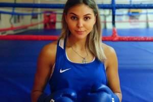 Брянская спортсменка стала мастером спорта по боксу