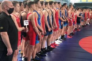В Брянске прошел всероссийский турнир по спортивной борьбе
