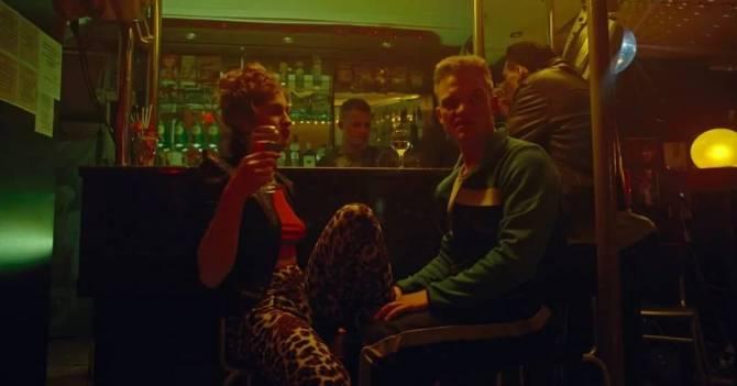 Жителя Почепа обокрала отдыхавшая с ним в кафе девушка