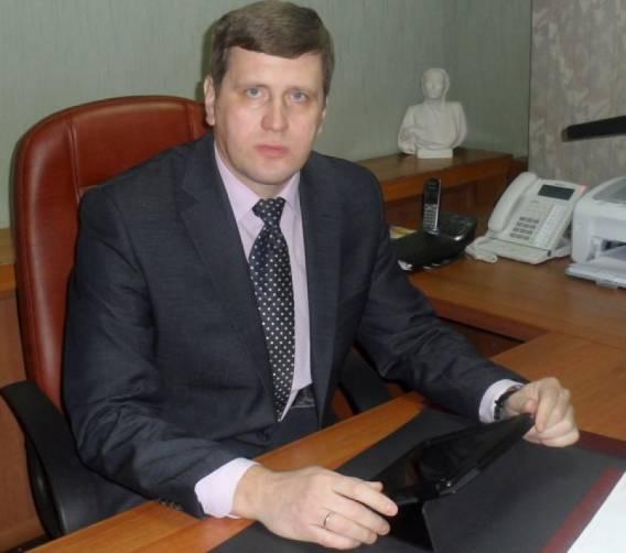 Экс-главу Жуковского района Давиденко осудят за превышение полномочий