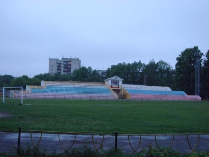На стадионе имени Брянских партизан начался ремонт