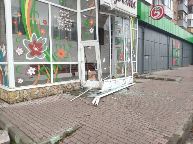 В Брянске разнесли цветочный магазин на проспекте Ленина