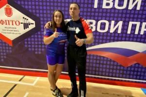 Брянская спортсменка отличилась на Чемпионате России по пауэрлифтингу