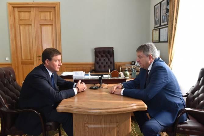 В Брянск приехал предводитель единороссов Андрей Турчак