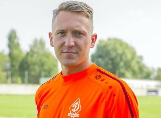 Вратарь брянского «Динамо» Алексей Кузнецов пошел на повышение в премьер-лигу