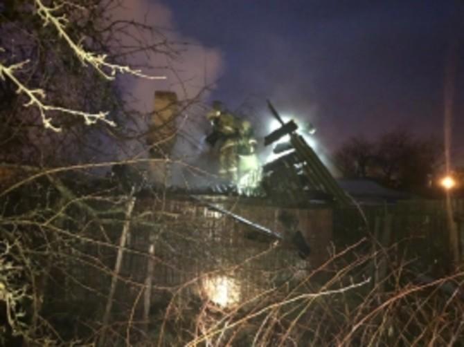 В Фокинском районе Брянска сгорела частная баня