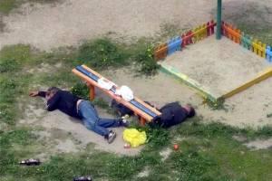 В Погаре молодежь с пивом и сигаретами захватила детскую площадку