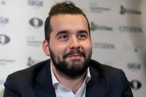 Брянский гроссмейстер Ян Непомнящий одержал третью победу подряд на Legends of Chess