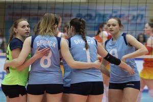 Брянские волейболистки потерпели 4 поражения подряд
