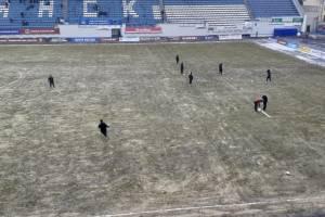 В Брянске из-за снегопада сорвалось начало футбольного матча на «Динамо»