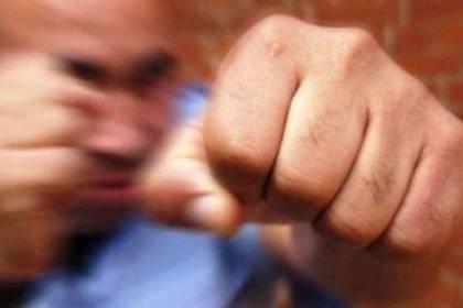 Возле дома культуры в брянском селе жестоко избили 51-летнего мужчину