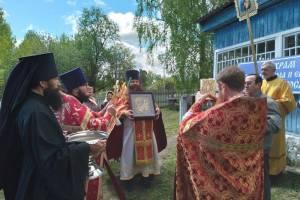 Храм в брянском селе Салтановка отметил престольное торжество крестным ходом