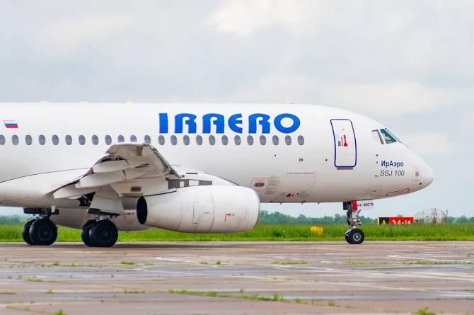 Пассажиров отмененного рейса из Симферополя в Брянск отвезли в гостиницу