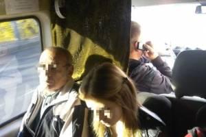 В Брянске водитель маршрутки №79 обругал пассажиров за сделанное замечание