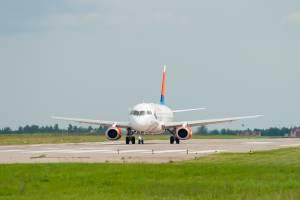 Брянск и Екатеринбург свяжут транзитные авиарейсы