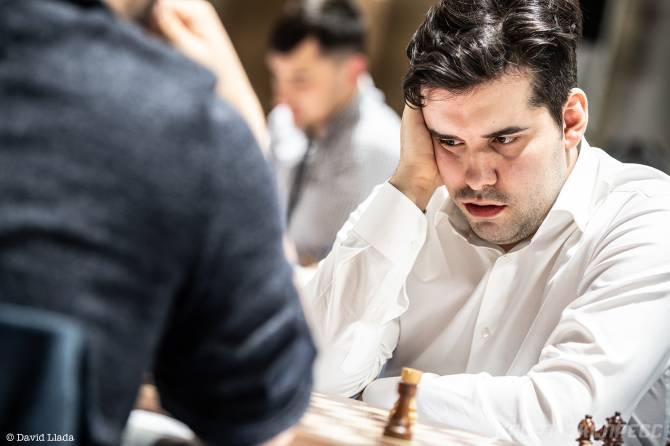 Брянский гроссмейстер Непомнящий сражается за Всемирную шахматную корону