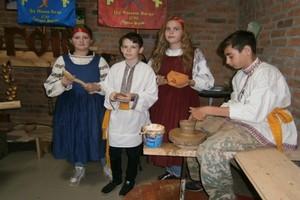 Для погарского дома старинных ремесел приобрели муфельную печь