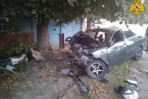 В жуткой аварии в Почепе погиб водитель и тяжело ранены два пассажира