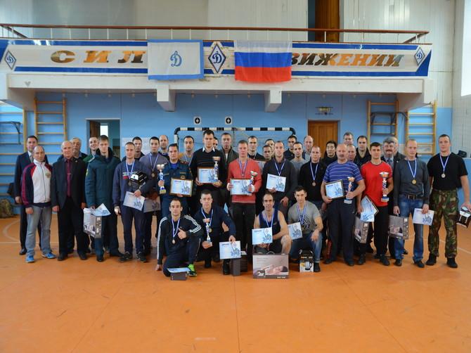 Брянские росгвардейцы победили в чемпионате «Динамо» по гиревому спорту