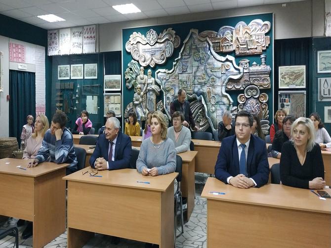Жители Брянской области писали этнографический диктант на 53 площадках