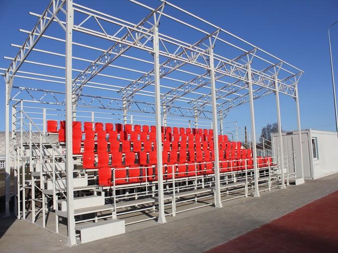 В Стародубе завершается строительство новой спортплощадки