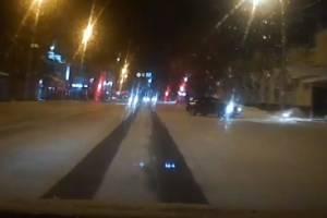 В Брянске на Ульянова сняли развлекающегося дрифтера