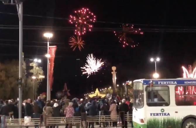 В Брянске отгремел праздничный салют ко Дню Победы