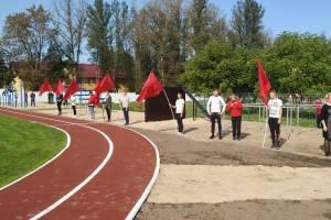 В брянском поселке Белые Берега открыли Аллею Памяти, стадион и школу искусств