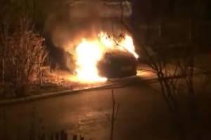 Брянец поссорился с соседом и сжег его автомобиль