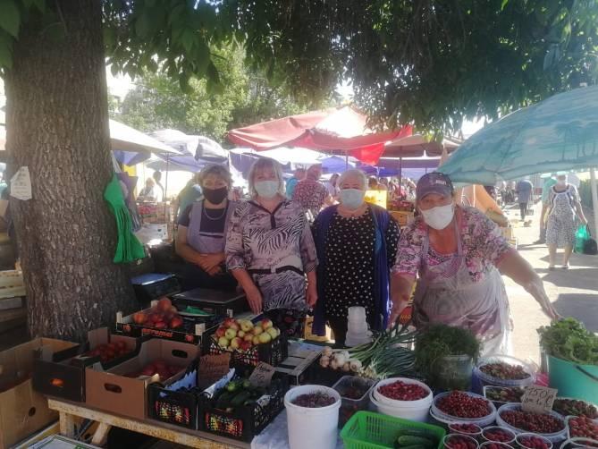 «Продали как стадо баранов»: В Клинцах 150 торговцев рискуют остаться без средств к существованию