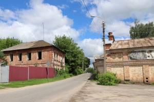 В Клинцах продолжают сносить здания Старого города