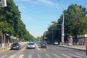В Брянске пенсионер устроил ДТП: на дорогу выпала 61-летняя пассажирка