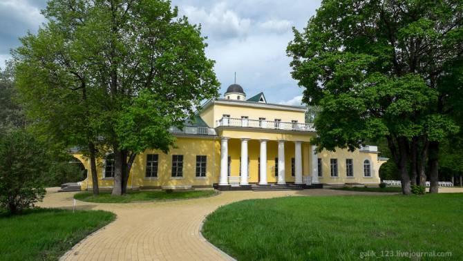 В брянском музее «Овстуг» наградят победителей конкурса «Мыслящий тростник»