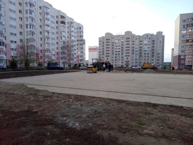 На месте будущего сквера на улице Романа Брянского высадят 166 деревьев